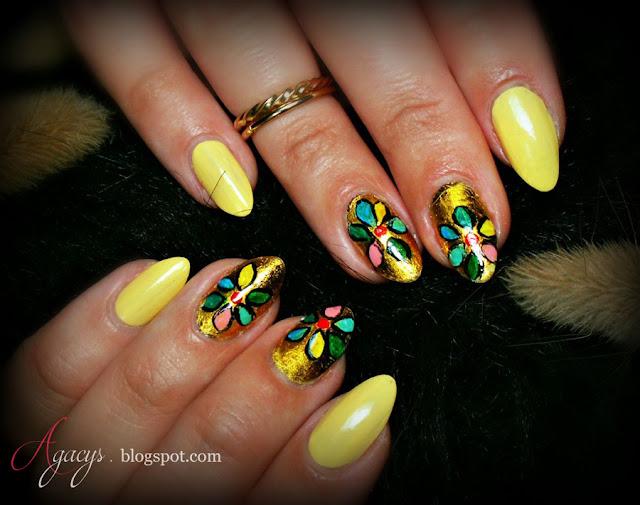 http://agacys.blogspot.com/2015/08/banana-nails.html