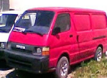 ΤOYOTA DISEL 2400cc χρώμα κόκκινο τημή 3800 €