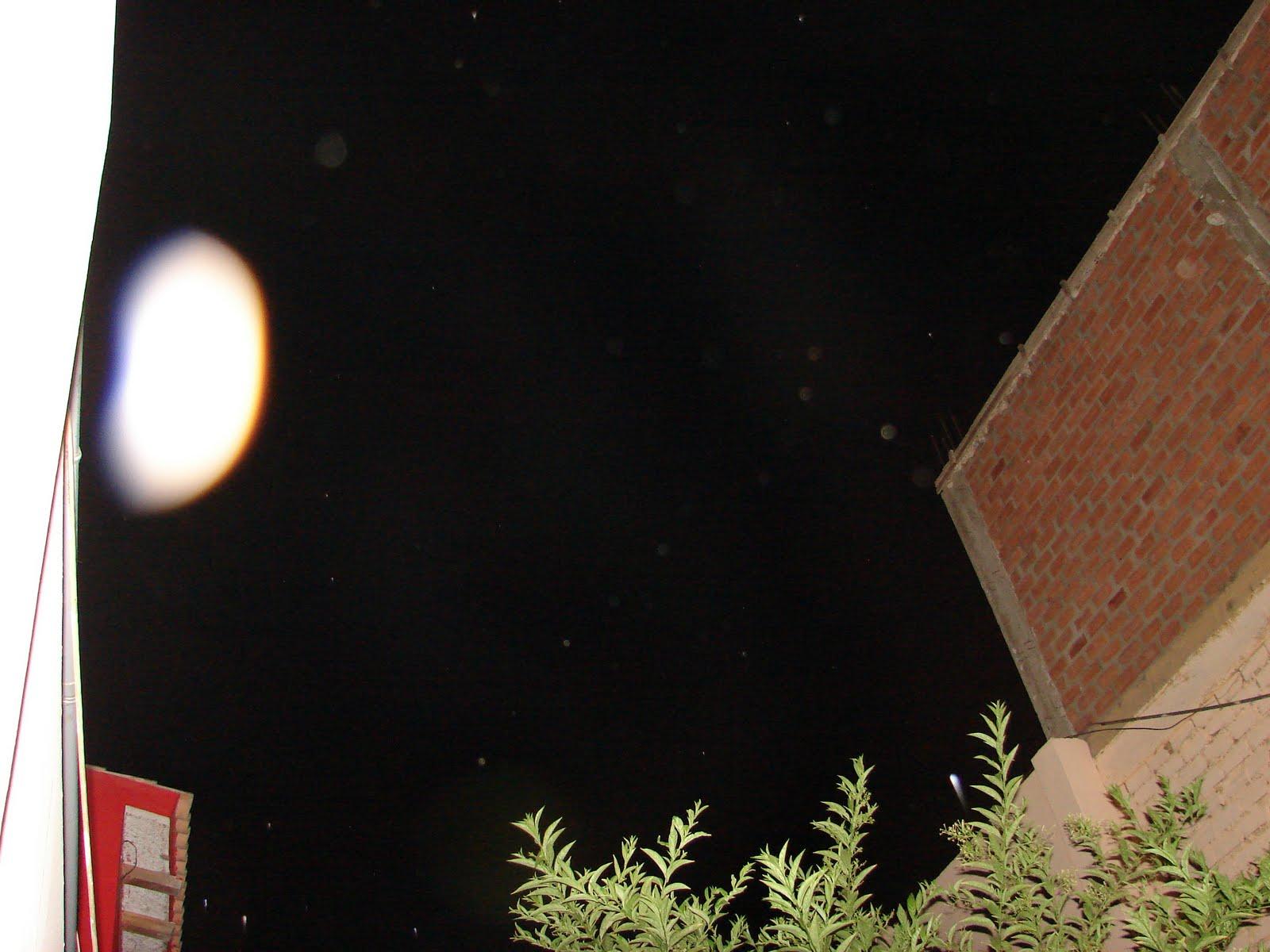 Domingo-13-febrero-14-15-16-17...2011 Espectacular avistamiento Ovi,Ovni a hrs. 1:13.01 am Casa