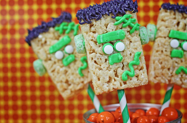 to make frankenstein you will need kelloggs apple jacks cereal kelloggs rice krispie treats