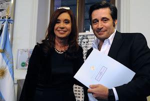VÍCTOR SANTA MARÍA-SUTERH: LOS PORTEROS DE EDIFICIOS,