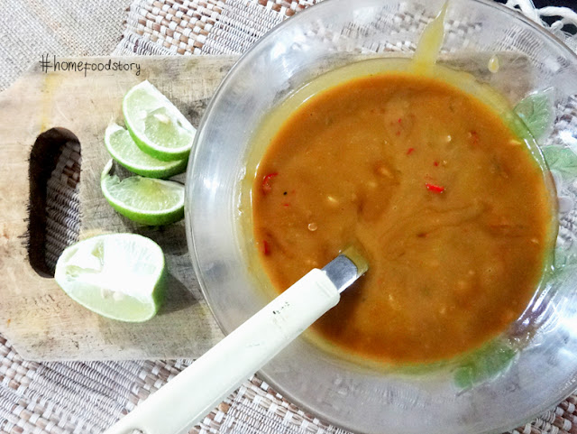 Indonesian Spicy Peanut Sauce Cheating Recipe || homefoodstory.blogspot.com