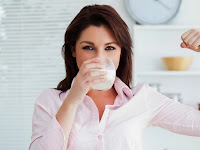 Alasan Ibu Hamil Wajib Minum Susu