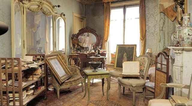 Encuentran piso cerrado en París durante 70 años