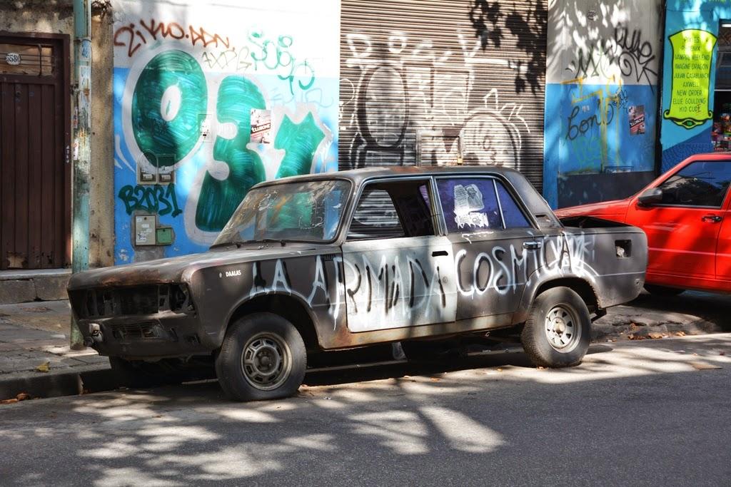 Graffiti Buenos Aires car