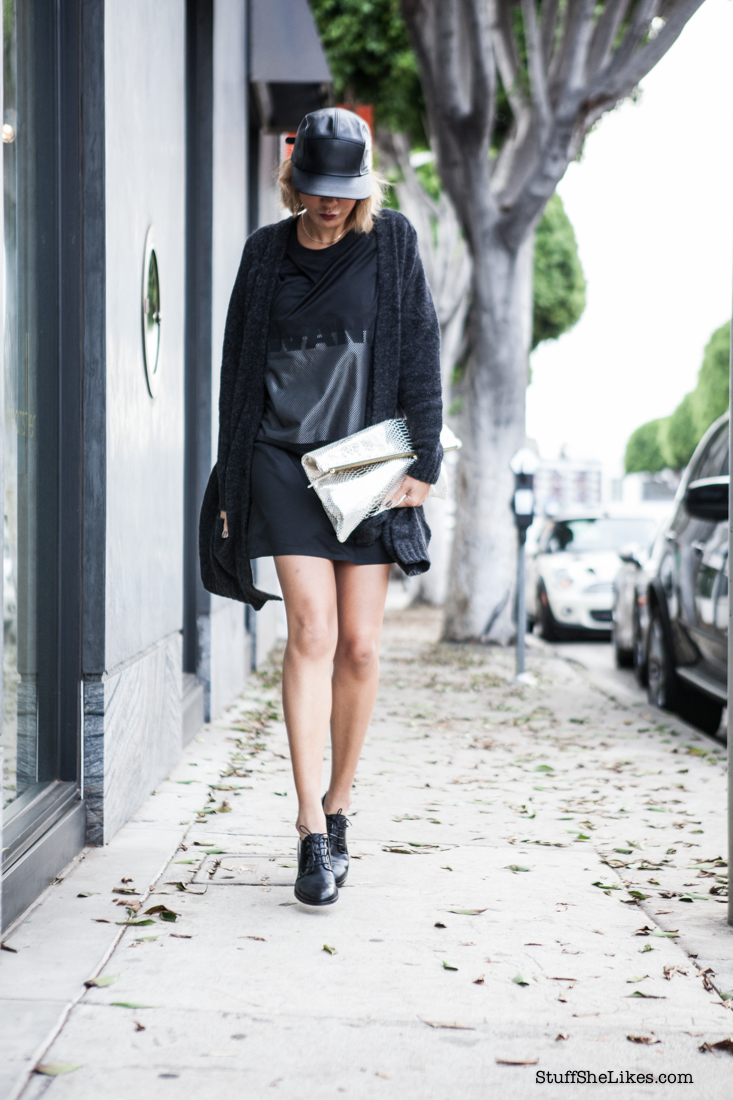 all Black, g star raw, Blogger, Fashion Blogger, Los Angeles, Fashion Blogger, top ten fashion bloggers, best fashion bloggers, oak ny, leather cap, jersey dress, oversized sweater, metallic bag