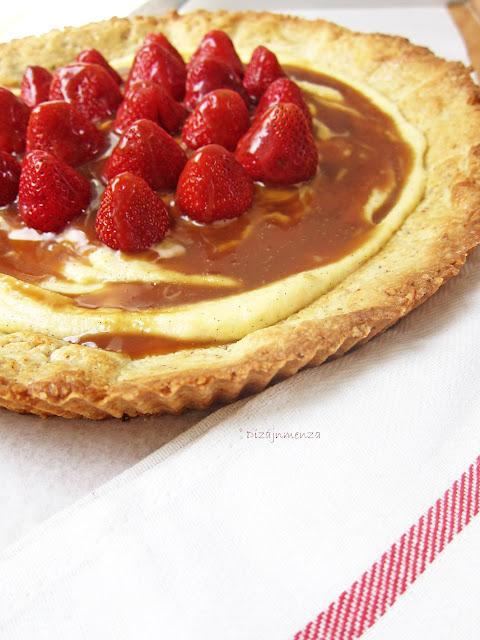 gasztroblog, Sós-karamellás rozmaringos márványtartlette eperrel, recept
