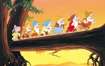 """Disney Pursues """"Snow White"""" Reimagining"""