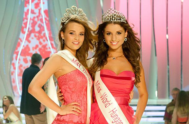 Miss Hungary A Szepsegkirelyno 2013 winners Annamaria Rakosi & Rebeka Karpati