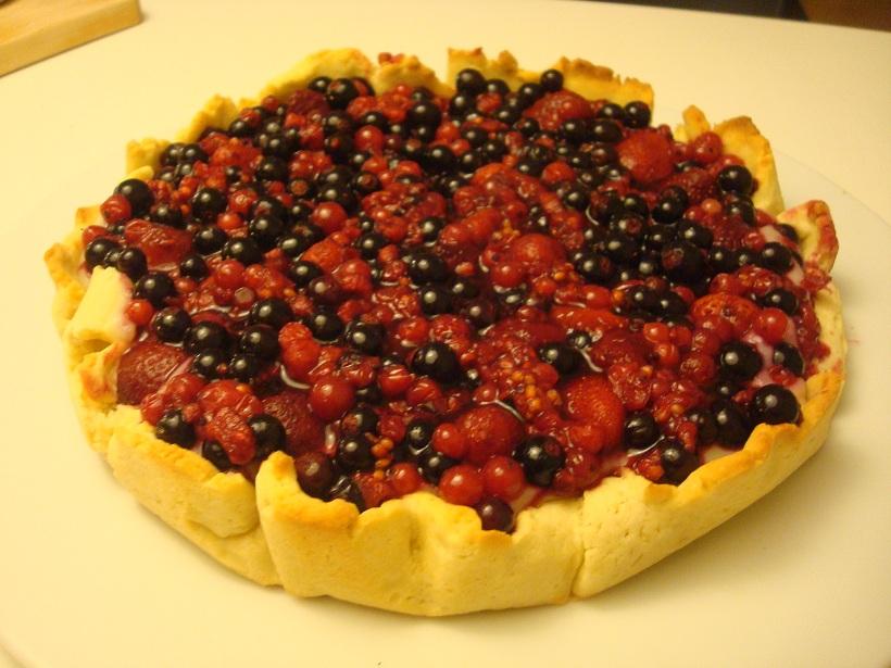 partagez plein d 39 id es culinaires tarte aux fruits rouges ou aux fraises framboises. Black Bedroom Furniture Sets. Home Design Ideas