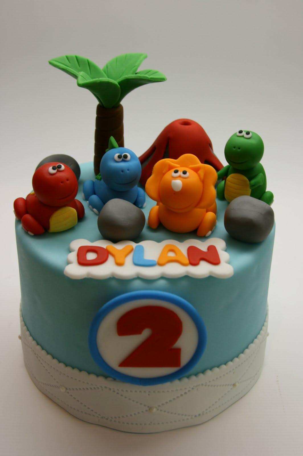 Dinosaur Train Cake Decorating Kit : Beautiful Kitchen: Dinosaur Cake Topper Set