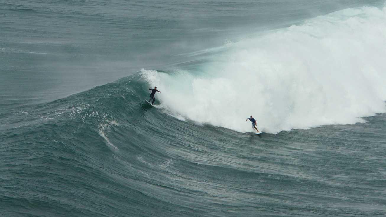 sesion otono menakoz septiembre 2015 surf olas grandes 08