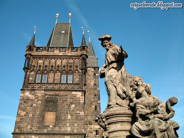 Praga-Charles-Bridge