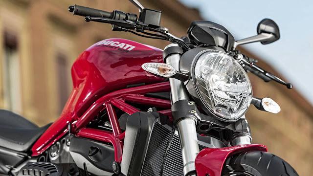 Ducati Monster 821, Super Naked Bike