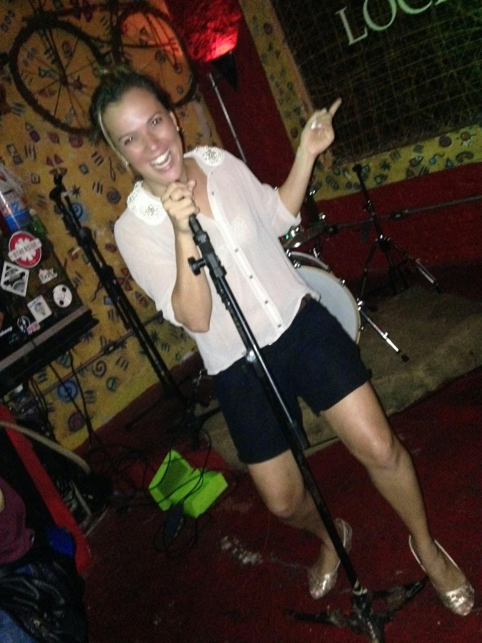 às vezes eu canto...outras encanto!!!rs