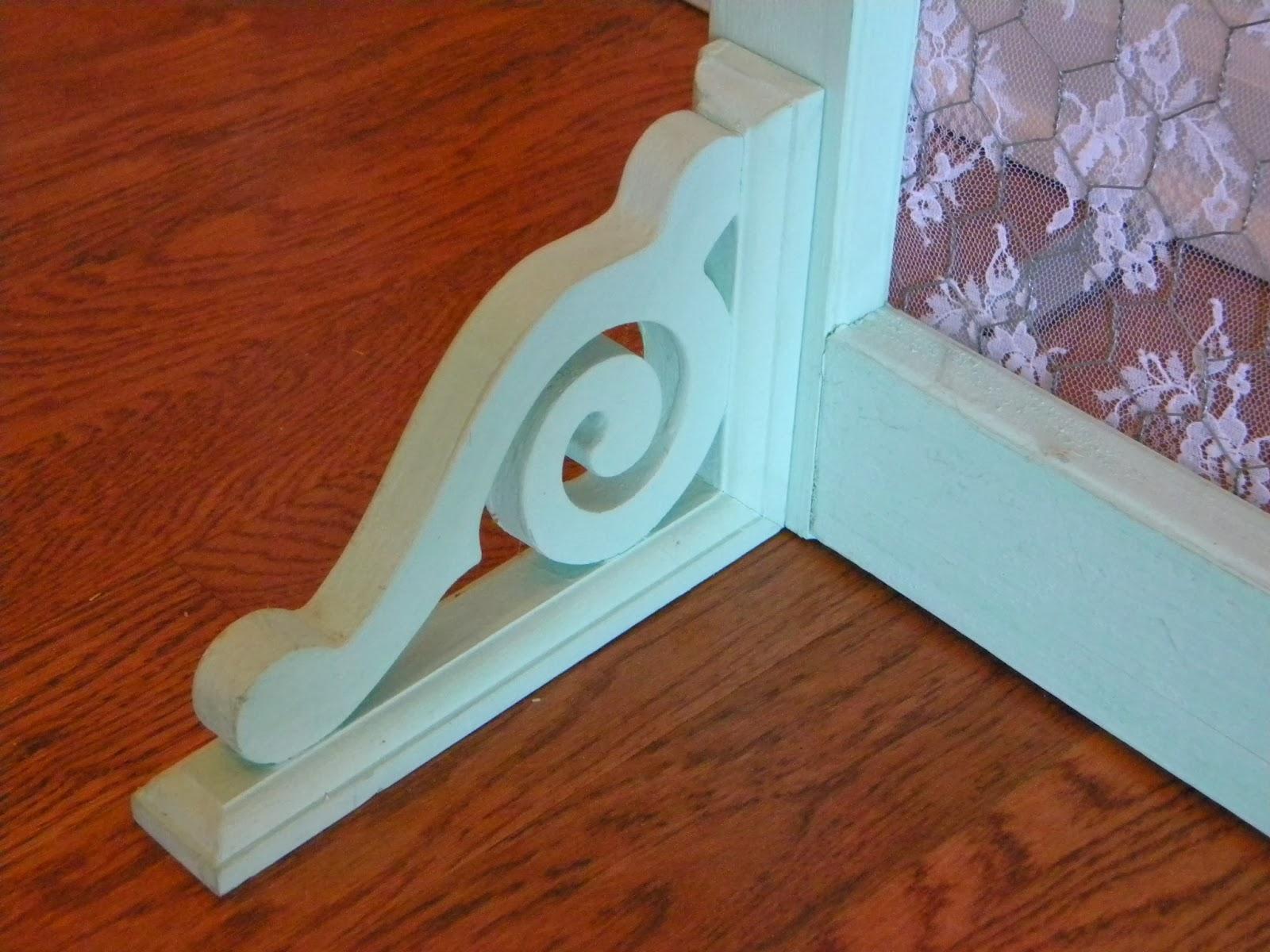 Belle Amp Beau Antiquarian Use A Screen Door For An