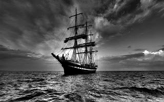 dark sailing ship in dark (24) good sailing ship in dark (24)