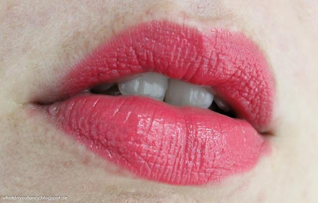"And my lips go ""Pinkadilly Circus"""
