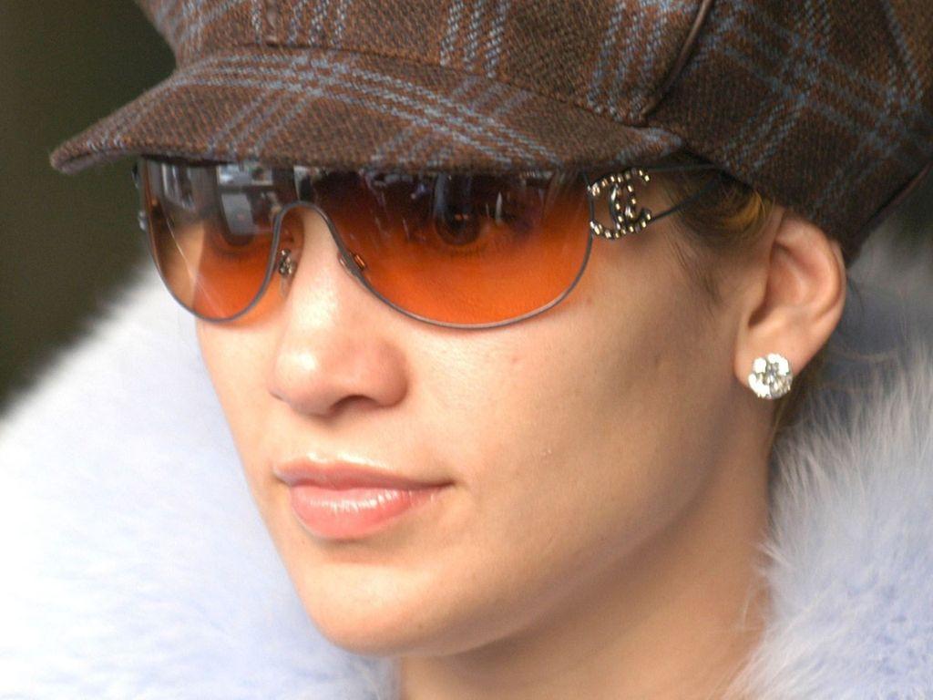 http://2.bp.blogspot.com/-RH2y5Ff7MLs/T1UBuuyNBuI/AAAAAAAALFw/t39UAdL8UhA/s1600/Jennifer-Lopez-100.JPG