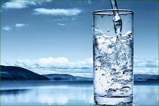 buvez_un_verre_eau_stopper_fringales_sucre