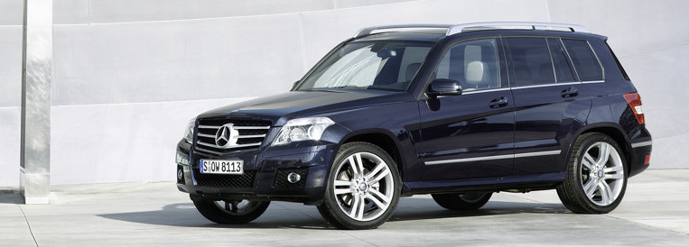 Top 30 best selling luxury vehicles in canada july 2011 for Navy blue mercedes benz