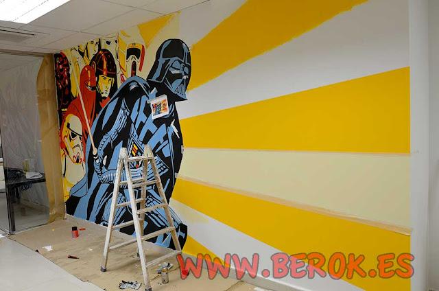 Mural de Darh Vader en oficinas