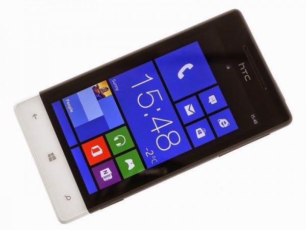 Современный удобный качественный сотовый мобильный телефон HTC Windows Phone 8S A620 Black White с мощным аккумулятором большим дисплеем и удобным функционалом