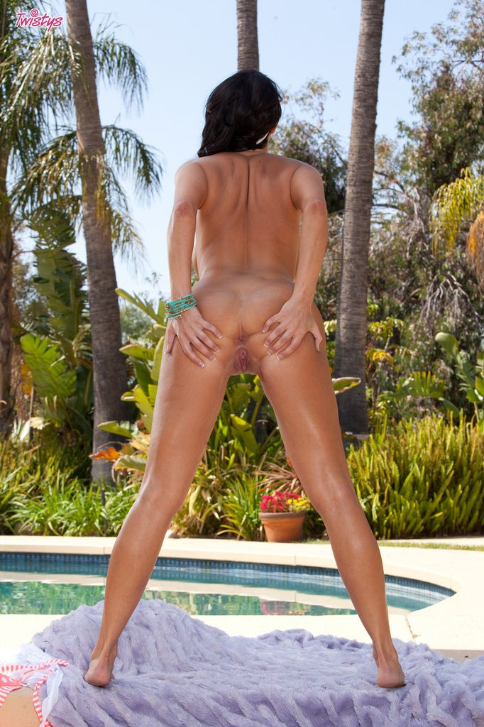 www.CelebTiger.com++SEXY+BABE+DYLAN+RIDERS+NUDE+OUTDOOR+ +POOL+TIME+or+PUSSY+TIME+091 Porn Star Dylan Ryder PoolSite Naked Poses HQ Photo Gallery