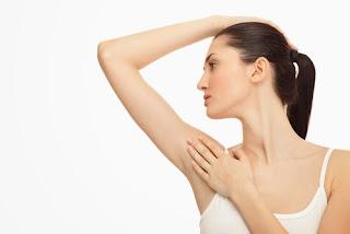 3 kebiasaan yang dapat menjadi penyebab ketiak menghitam