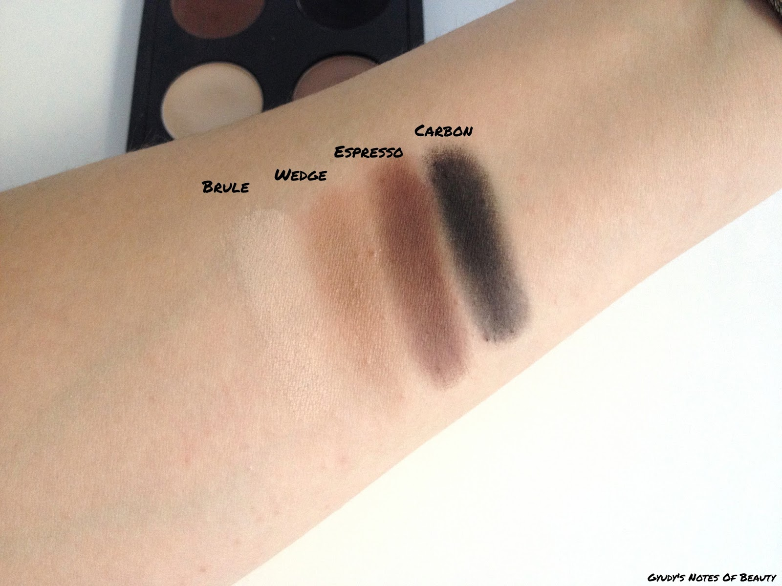 MAC Brule Wedge Espresso Carbon Swatches