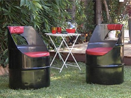 Ideas para reciclar tambores de metal for Muebles y accesorios para jardin