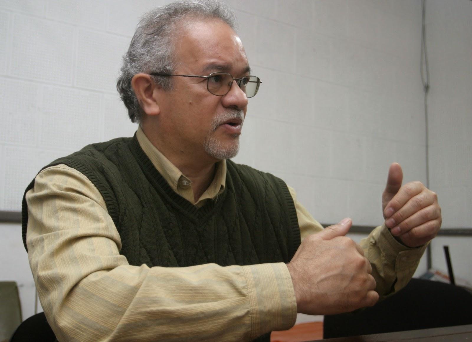 Modesto-emilio-guerrero-hasta-donde-se-atrevera-obama-contra-maduro-y-venezuela