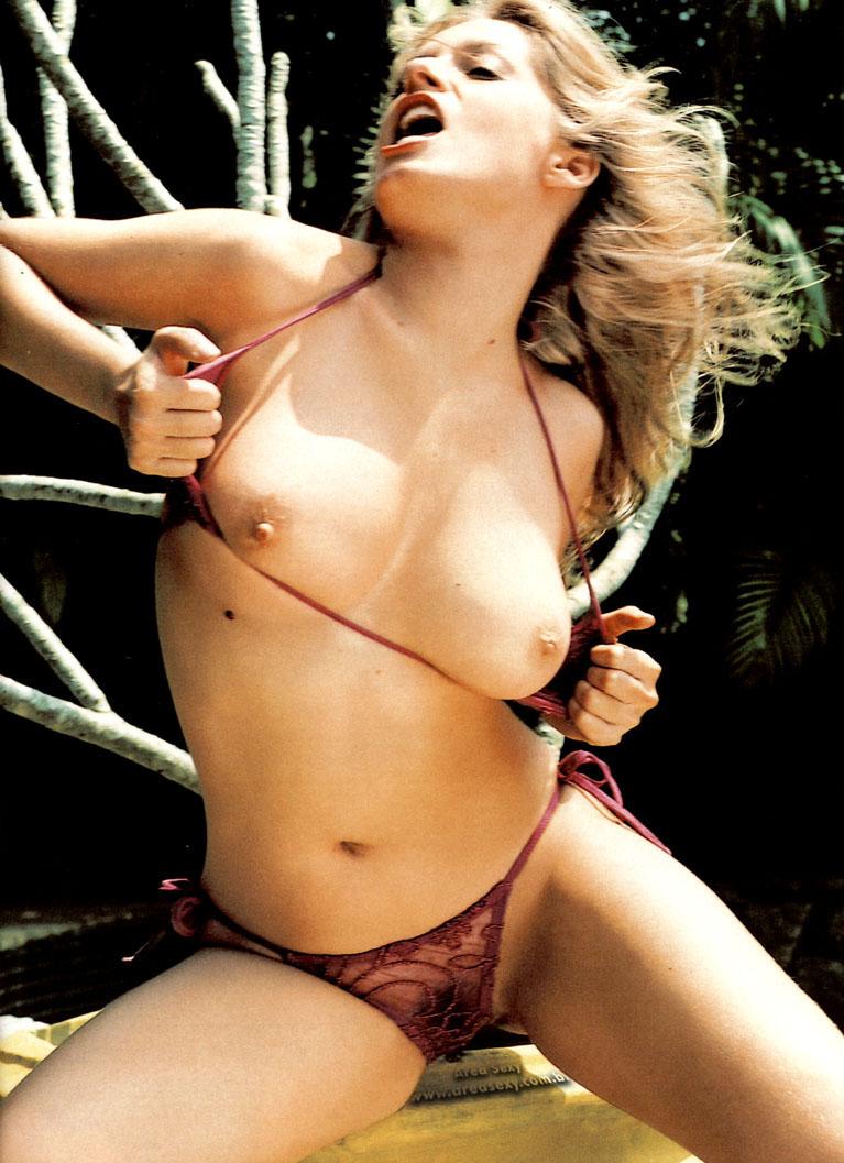 Playboy Capa Luciana Vendramini A Ninfeta Do Ou Da Ua Que Virou