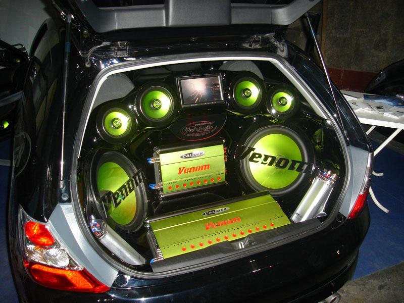 Как сделать хорошее аудиосистему в машине