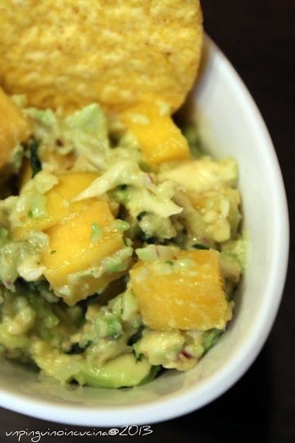 guacamole al mango e coriandolo