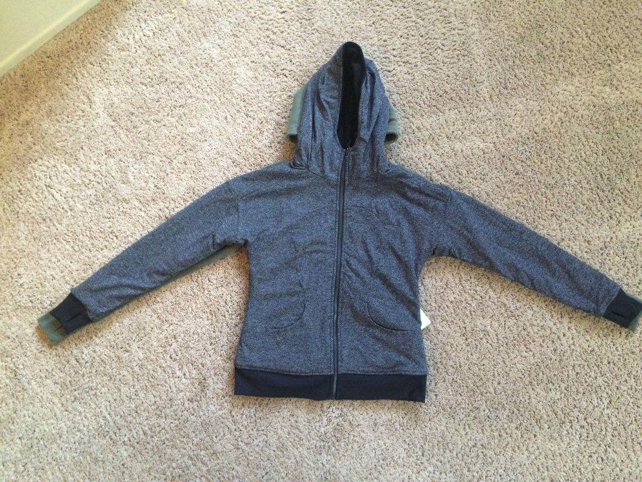 lululemon embrace hoodie luscious