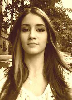 Poze-Gloria-Melu-Facebook_vedete_blog