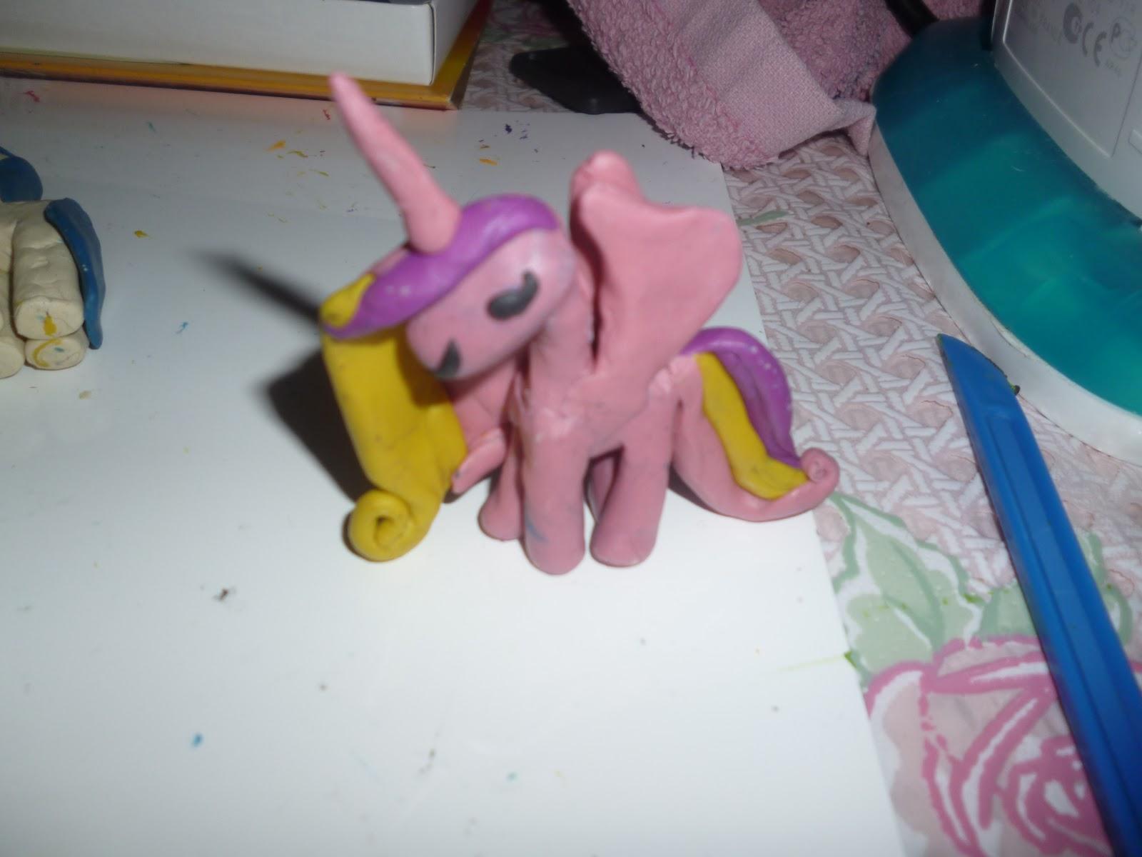 Как из пластилина сделать пони