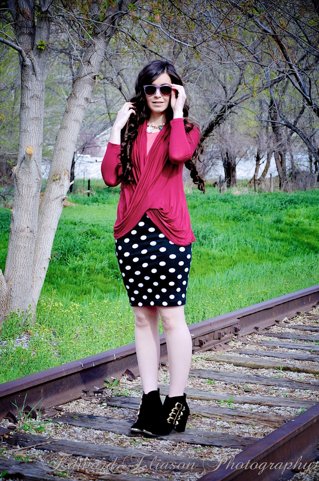 little nook boutique, little nook boutique tops, draped cardigan, burgundy cardigan, polka dot skirt outfit, polka dots, polka dot skirt, ankle booties, ankle boots, deb shops,