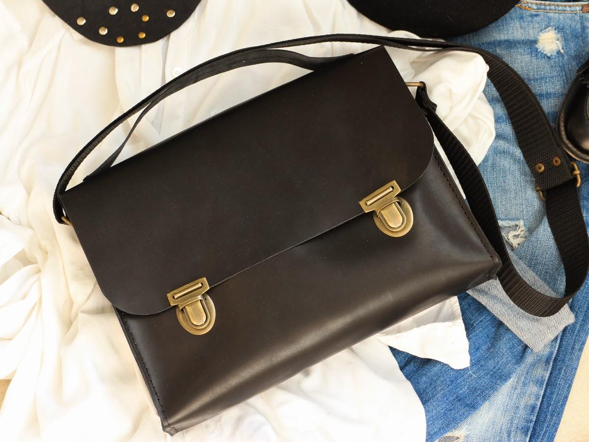 Кожаный портфель с двумя ручками