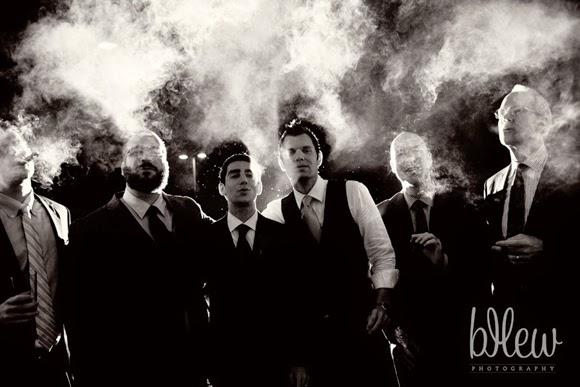 Padrinos que fuman en las bodas