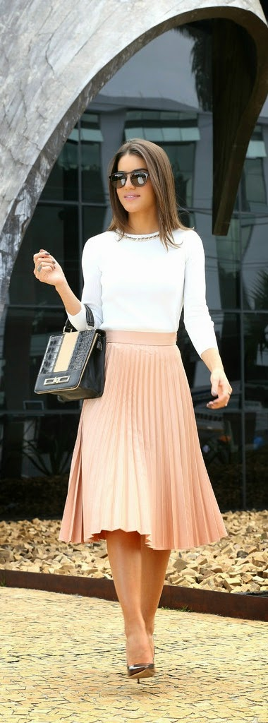 Classic Pleated Midi Skirt with White Top and Gold Pumps | Street Outfits