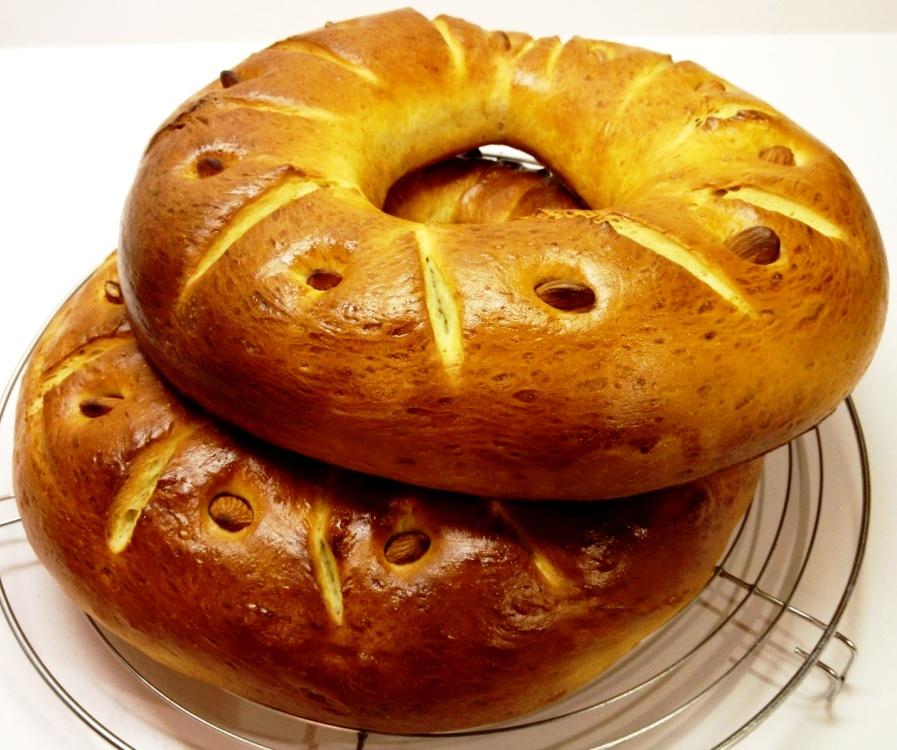 Marthese Seasonal Food: Easter Bread Ring