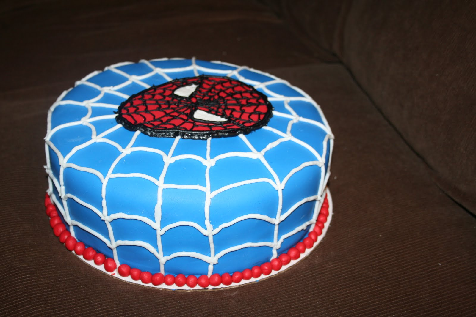 Delicate Designs: Spiderman Cake