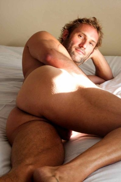 nude man Hairy blonde