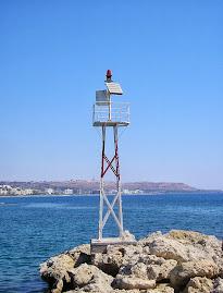 Feu rouge de Faliraki (Rhodes, Grèce)