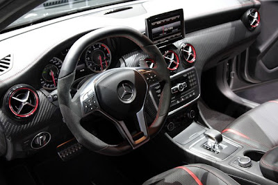 Interior de Mercedes A45 AMG