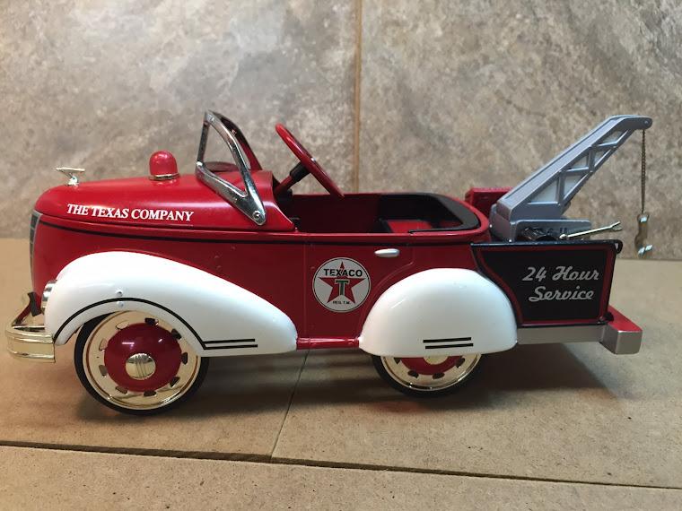 1940 Gendron Texaco Pedal Car Wreaker ~