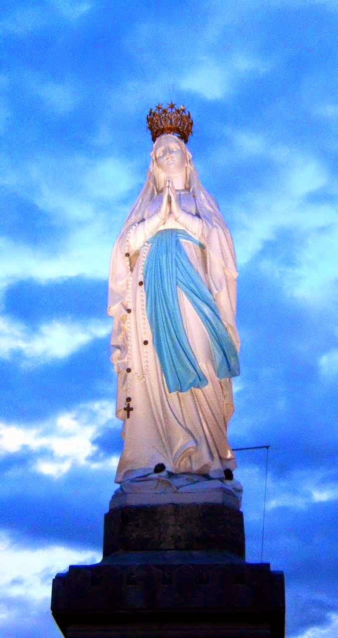 """Santa Bernadette trouxe a mensagem celeste: """"Eu sou a Imaculada Conceição"""""""