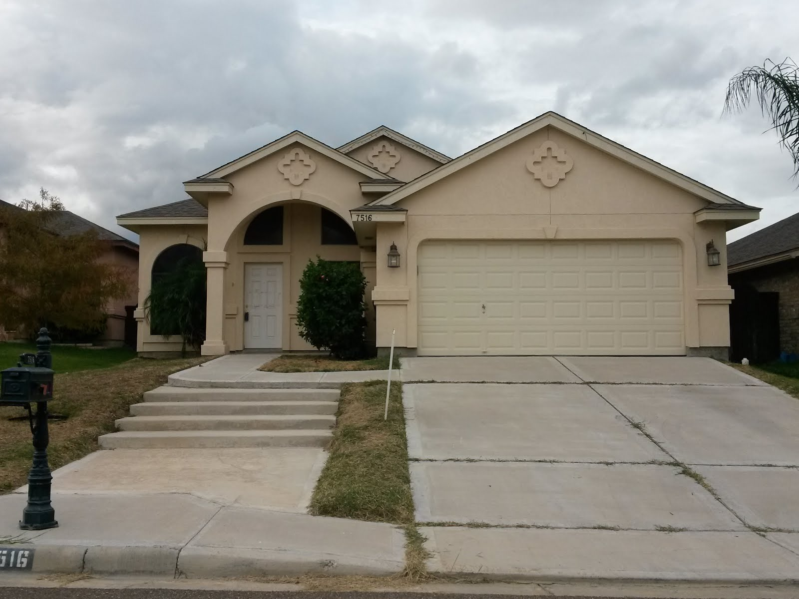 Laredo realestate homes for sale hud home for sale in for 8 bedroom house for sale in texas